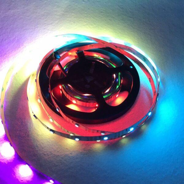 Светодиодная лента WS2811 SMD 5050 RGB 30